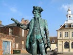 Vancouver statue in King's Lynn - click to enlarge